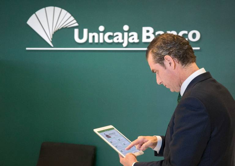 Unicaja Banco supports companies and freelancers and strengthens guarantee funding facilities to mitigate the impact of the coronavirus crisis